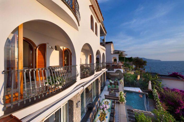 De Luxe Villa Neapolitan Riviera