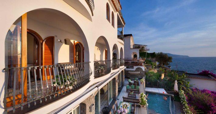 De Luxe Villa for rent in Italy